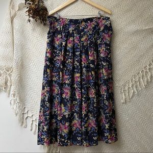 Vtg Floral Pleated Maxi Skirt